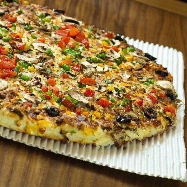 پیتزا گوشت و قارچ گاجره پلاس